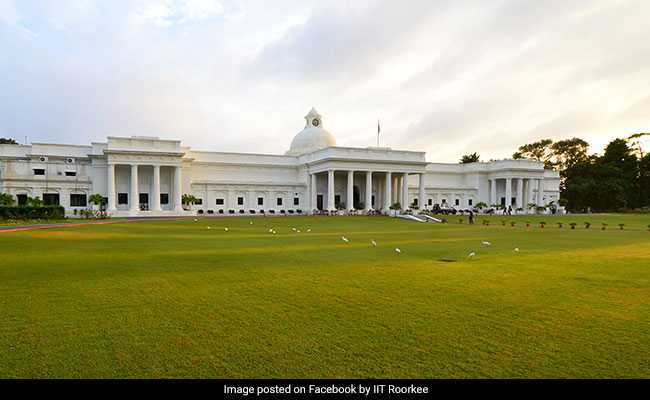 90 IIT Roorkee Students Test Positive For COVID-19, 5 Hostels Sealed